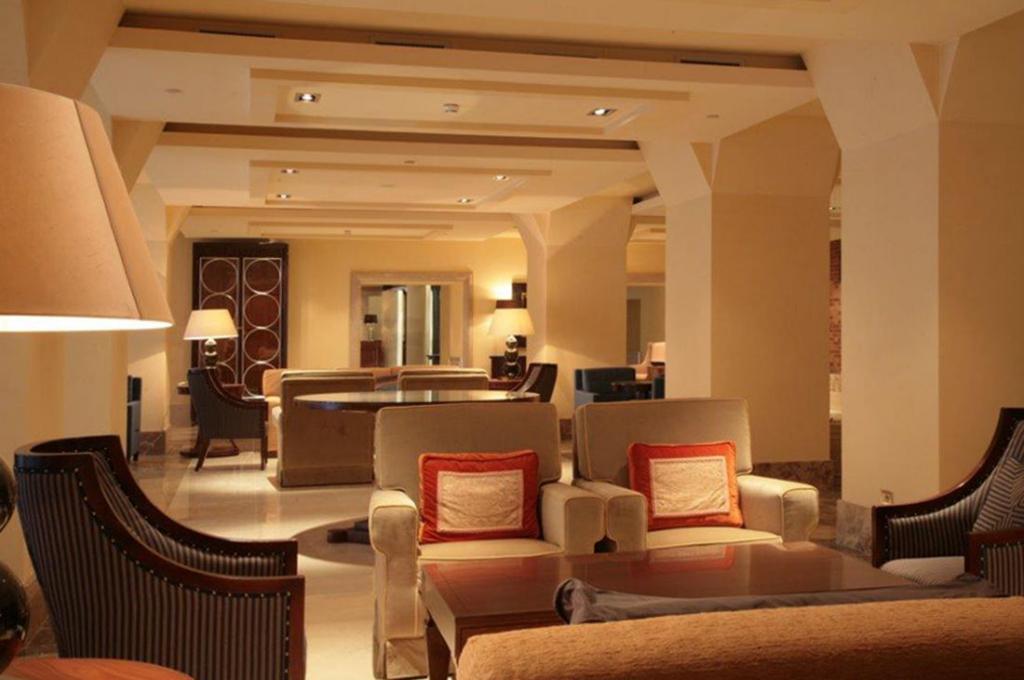 Hilton molino stucky rivalta contract for Molino arredamenti